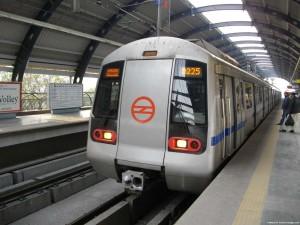 197_Para_Delhi Metro - Exterior
